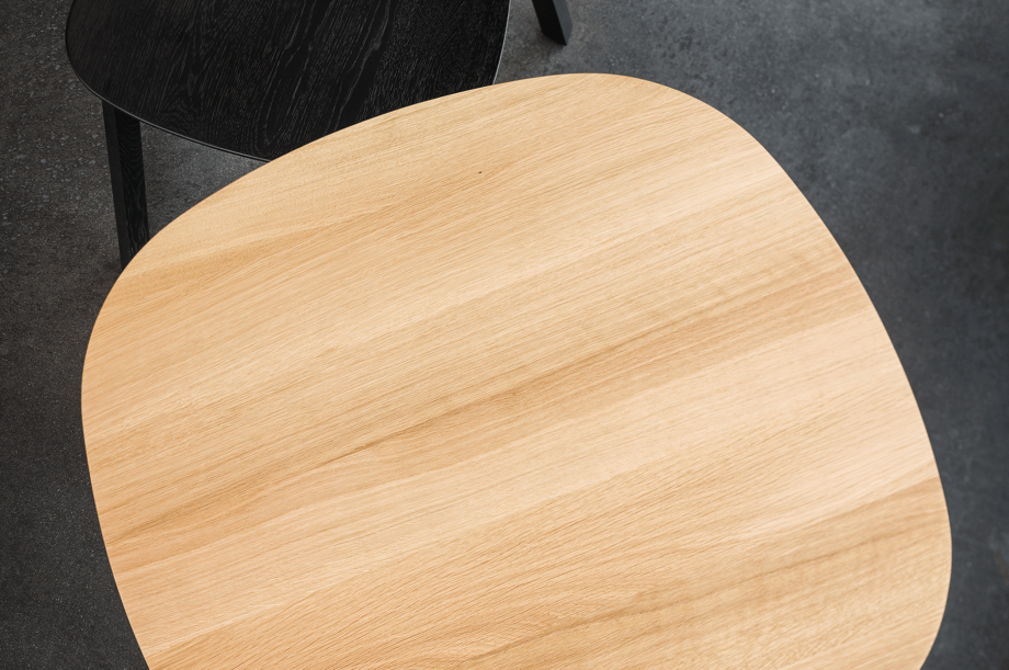 01708-rail-cafe-tisch-eiche-massivholz-eiche-zeitraum-moebel-nachhaltiges-design-special-sale (5)