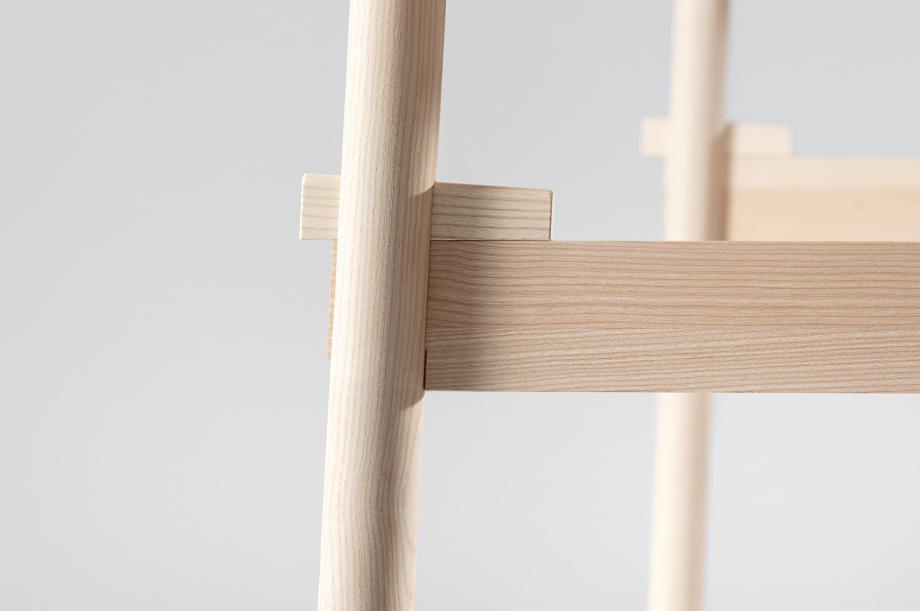 02199-taut-tisch-massivholz-esche-weiß-geölt-detail4-zeitraum-moebel-x
