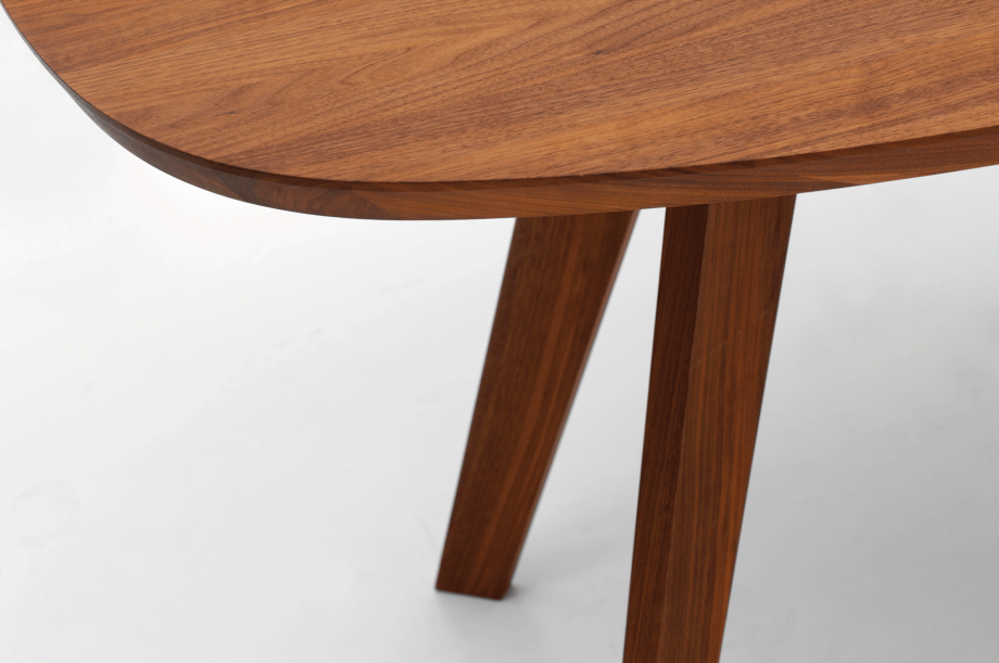 02261-cena-tisch-esstisch-hyperelliptisch-massivholz-amerikanischer-nussbaum-detail5-zeitraum-moebel-x