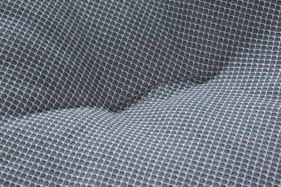 02297-friday-2-sofa-lounger-eiche-massivholz-kvadrat-jaali-zeitraum-moebel-nachhaltiges-design-special-sale-3