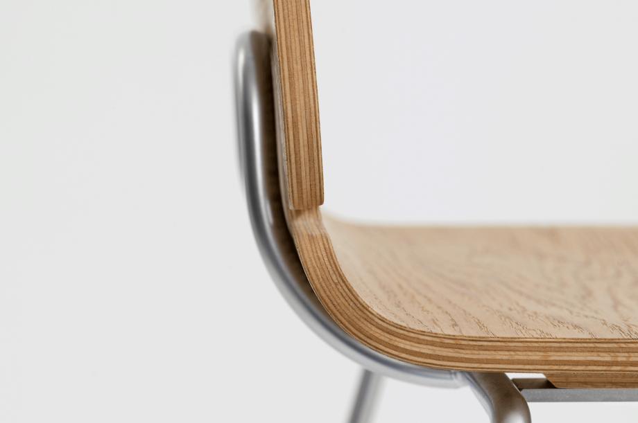 02088-form-bar-barstuhl-eiche-zeitraum-moebel-special-sale-nachhaltiges-design-5