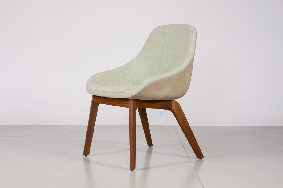 02276-2-morph-dining-esszimmersessel-kvadrat-medina-amerikanischer-nussbaum-massivholz-zeitraum-moebel-special-sale-nachhaltiges-design1