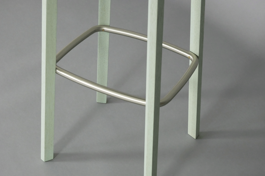 01650_nonoto-bar-eiche-massivholz-farbbeize-mit-barstuhl-zeitraum-special-sale-7