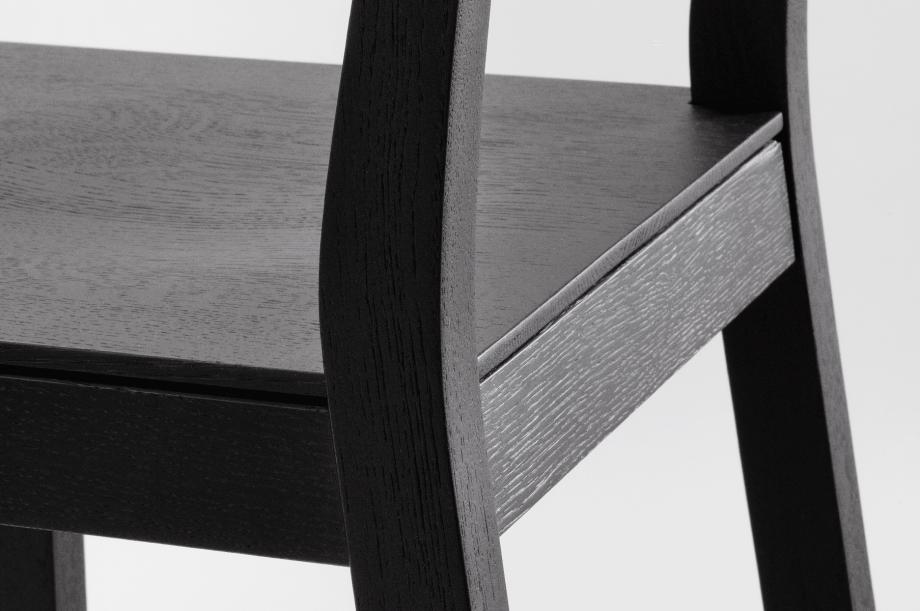 01913-4-sit-bar-barhocker-massivholz-Eiche-zeitraum-moebel-special-sale-nachhaltiges-design