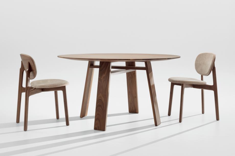 02129-zenso-stuhl-gepolstert-kvadrat-maple-gestell-massivholz-amerikanischer-nussbaum-zeitraum-moebel-special-sale-1