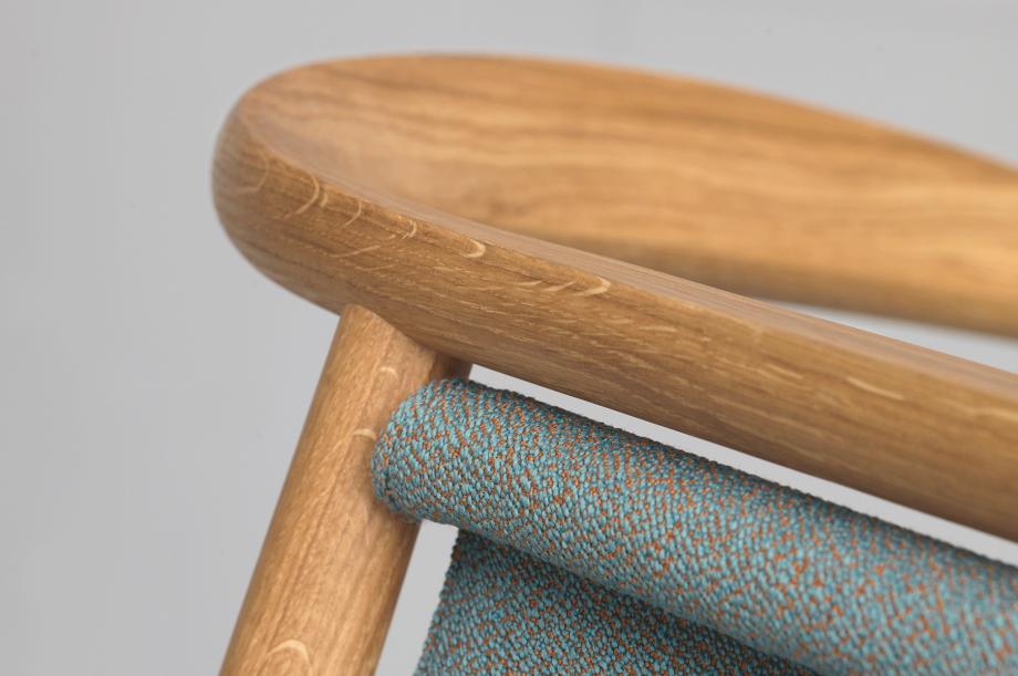 01426-pelle-stuhl-esszimmer-gestell-massivholz-eiche-gepolstert-rohi-sera-mirage-zeitraum-moebel-nachhaltiges-design-special-sale (5)