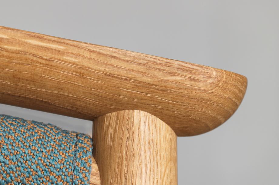 01426-pelle-stuhl-esszimmer-gestell-massivholz-eiche-gepolstert-rohi-sera-mirage-zeitraum-moebel-nachhaltiges-design-special-sale (8)