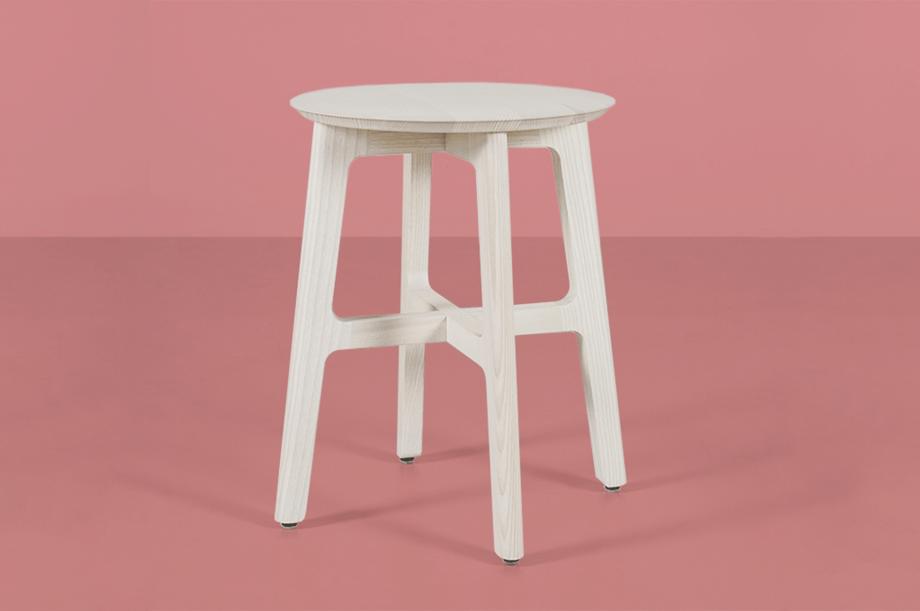 02248-1-3-stool-masssivholz-esche-weiß-zeitraum-moebel-nachhaltiges-design-special-sale (4)