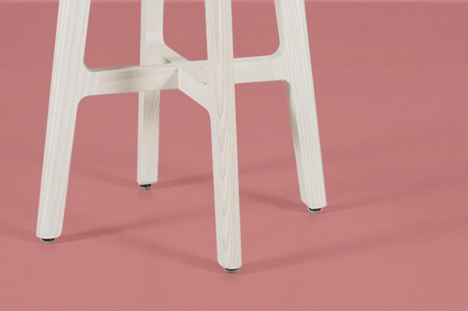 02248-1-3-stool-masssivholz-esche-weiß-zeitraum-moebel-nachhaltiges-design-special-sale (5)