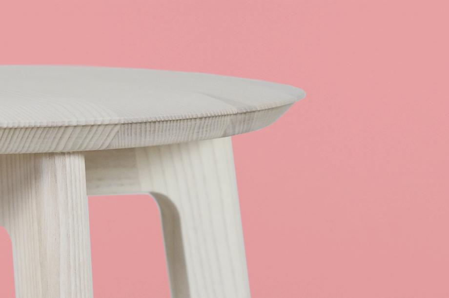 02248-1-3-stool-masssivholz-esche-weiß-zeitraum-moebel-nachhaltiges-design-special-sale (6)