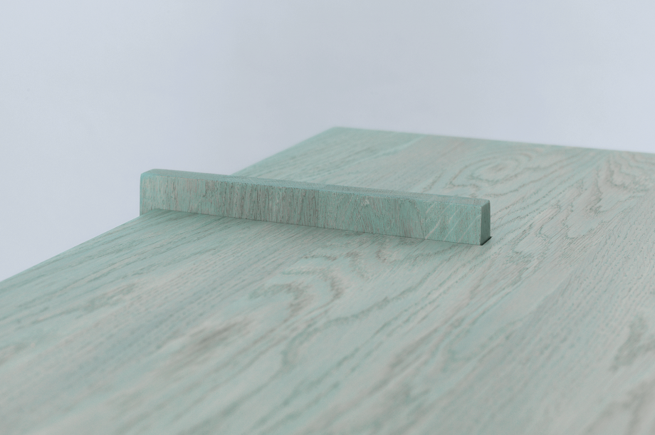 02127-3-grad-regal-small-regal-massivholz-eiche-farbbeize-mintblau-stauraum-special-sale-zeitraum-moebel-nachhaltiges-design (4)