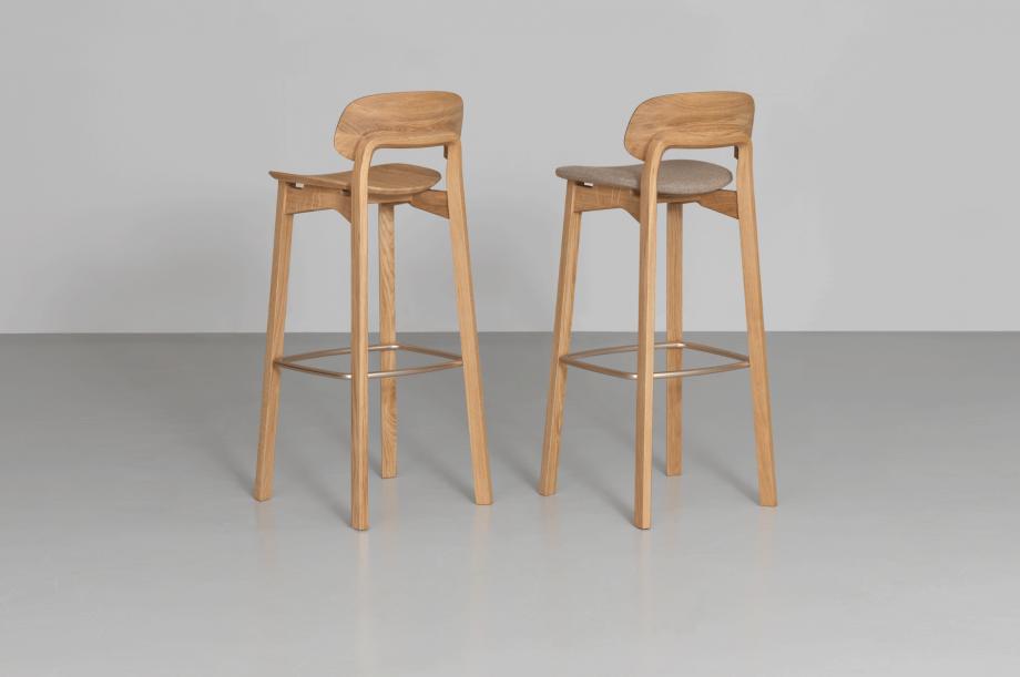 02206-02218-nonoto-bar-barhocker-hochstuhl-massivholz-eiche-h80-laufer-keichel-zeitraum-moebel-nachhaltiges-design-special-sale (4)
