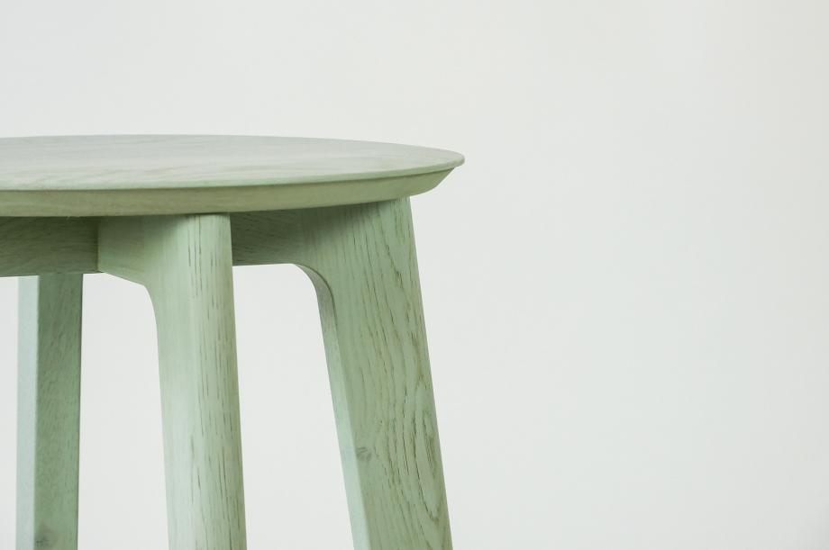 01907-1-3-bar-massivholz-eiche-farbbeize-mint-barhocker-h65-zeitraum-moebel-nachhaltiges-design-special-sale (6)