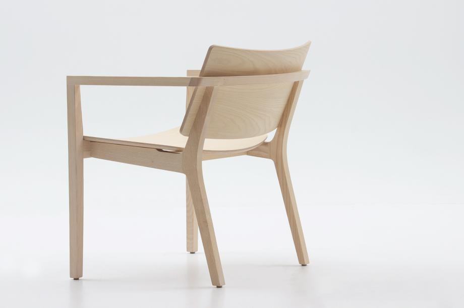02452-finn-lounge-esche-weiß-lounge-chair-massivholz-zeitraum-moebel-nachhaltiges-design-special-sale (13)