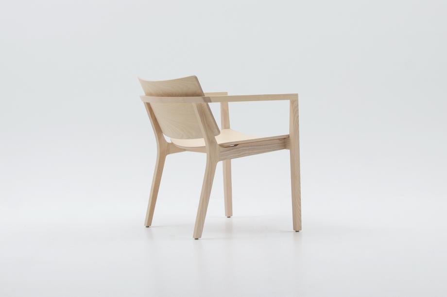 02452-finn-lounge-esche-weiß-lounge-chair-massivholz-zeitraum-moebel-nachhaltiges-design-special-sale (6)