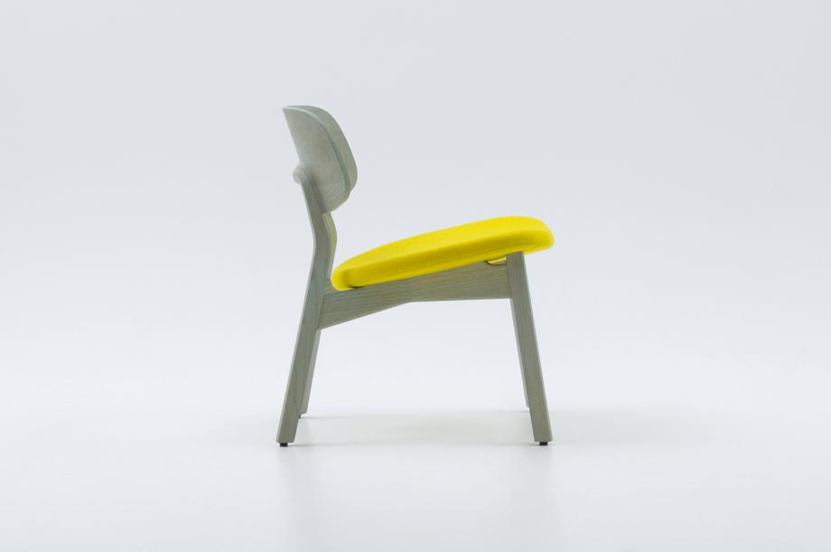 02453-nonoto-lounge-eiche-mint-massivholz-kvadrat-steelcut-laufer-keichel-zeitraum-moebel-nachhaltiges-design-special-sale (3)