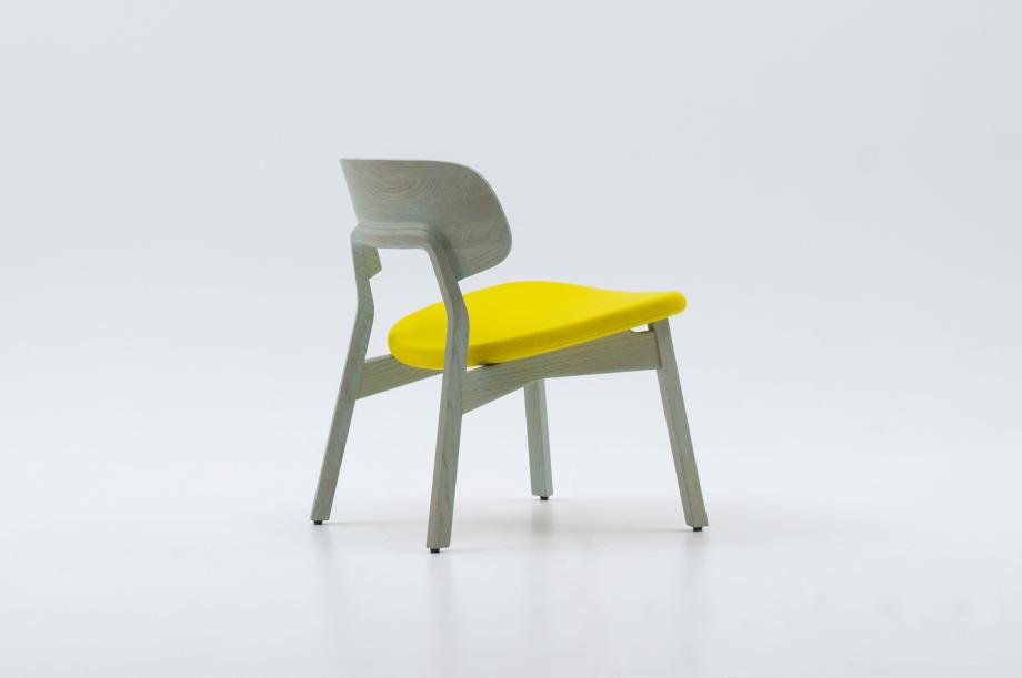 02453-nonoto-lounge-eiche-mint-massivholz-kvadrat-steelcut-laufer-keichel-zeitraum-moebel-nachhaltiges-design-special-sale (4)