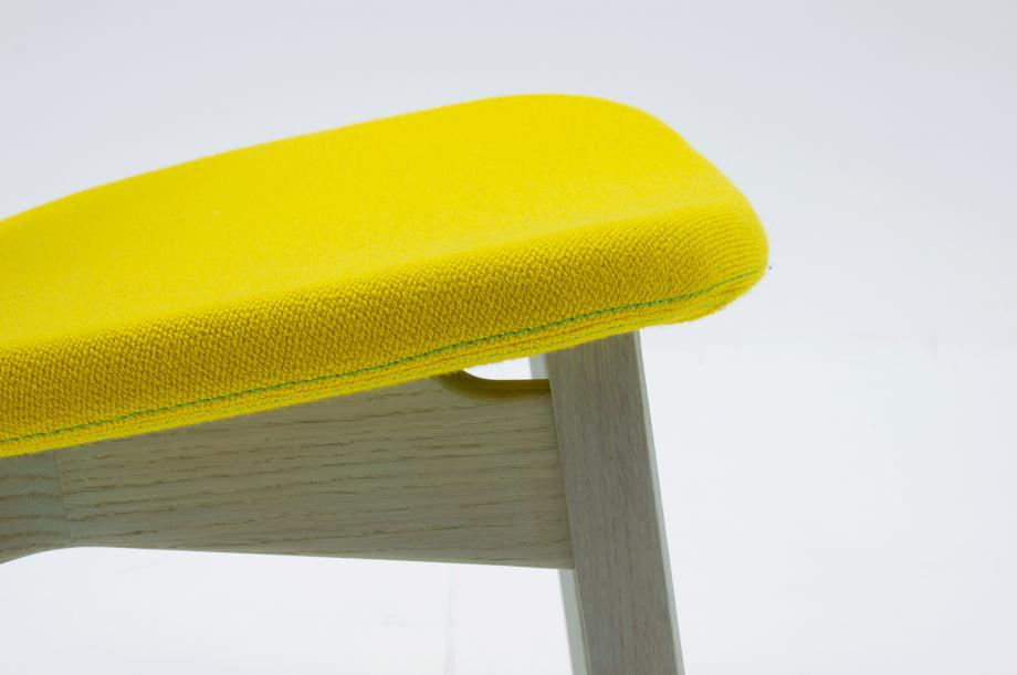 02453-nonoto-lounge-eiche-mint-massivholz-kvadrat-steelcut-laufer-keichel-zeitraum-moebel-nachhaltiges-design-special-sale (9)