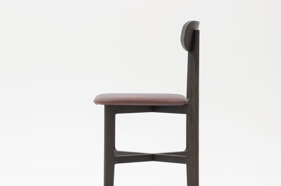 02465-1-3-chair-graphitgrau-polster-massivholz-eiche-farbbeize-zeitraum-moebel-nachhaltiges-desig-special-sale (3)