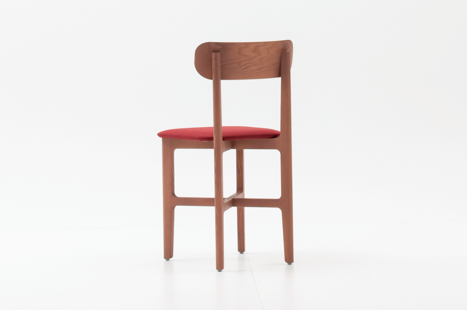 02466-1-3-chair-mauve-polster-stuhl-massivholz-eiche-farbbeize-mauve-zeitraum-moebel-nachhaltiges-desig-special-sale (4)