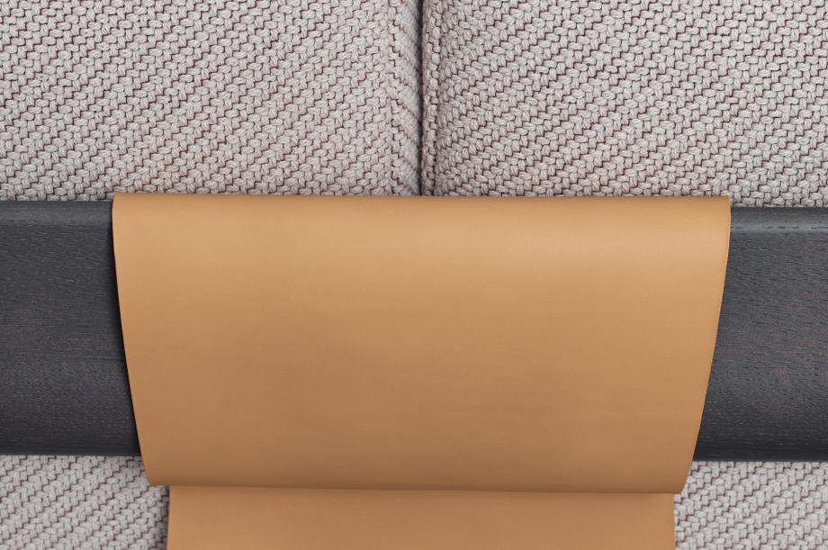 02230-friday-2-polstermoebel-sofa-gestell-massivholz-eiche-gebeizt-graphit-grau-zeitaum-moebel (1)