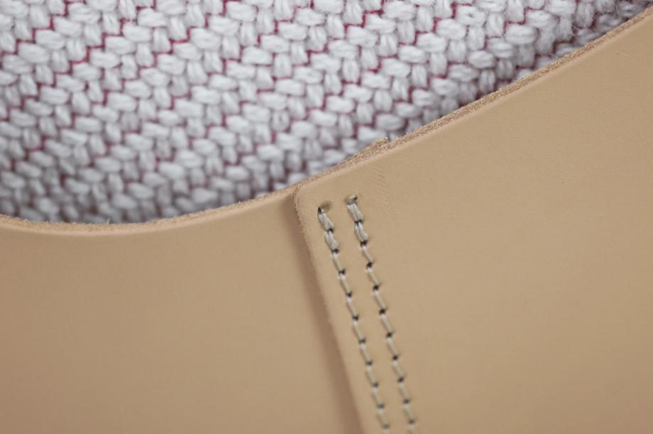 02230-friday-2-polstermoebel-sofa-gestell-massivholz-eiche-gebeizt-graphit-grau-zeitaum-moebel (7)