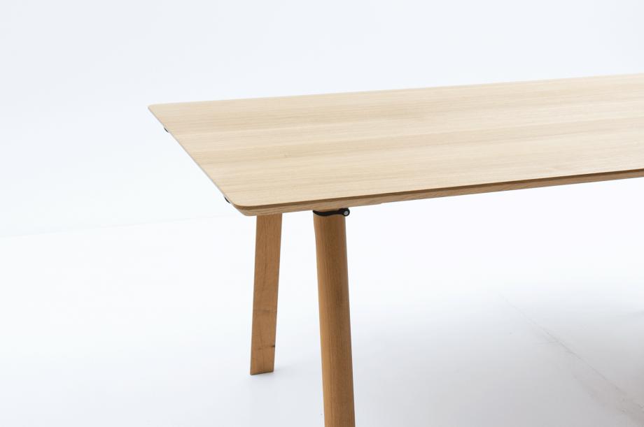 02637-rail-tisch-schreibtisch-eiche-massivholz-kaschkasch-zeitraum-moebel-nachhaltiges-design (10)